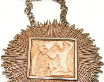 Vintage-Zodiac Aquarius Water Carrier-Resin Starburst Pendant Necklace-RAZZA-style-OFFERS