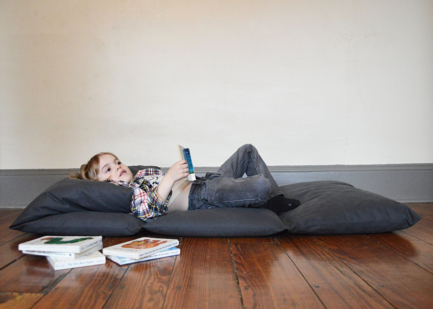 zoom - Fold Away Bed