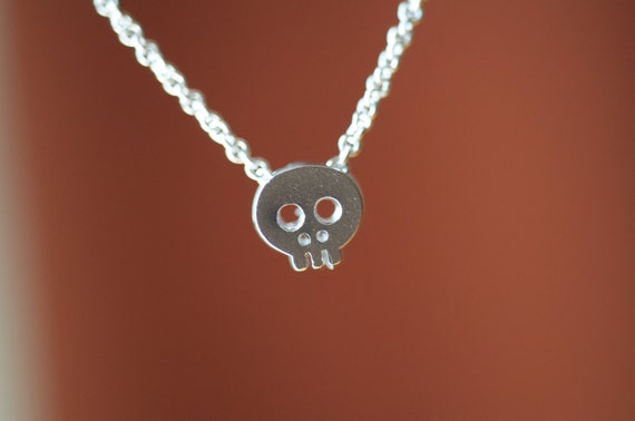Teeny Tiny silver Skull charm necklace on delicate chain cute and dainty, SHINY SILVER skull necklace