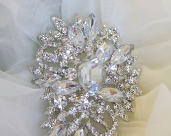 Rhinestone Brooch - Crystal Brooch - Vintage Style Brooch- Perfect For Bridal Wedding Bouquets - Bridal Sash