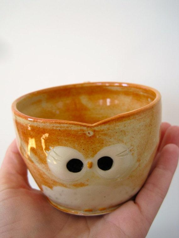 Hooter Owl Mug (Valerie) in Creamy Orange Speckle Handmade Stoneware - ready to ship