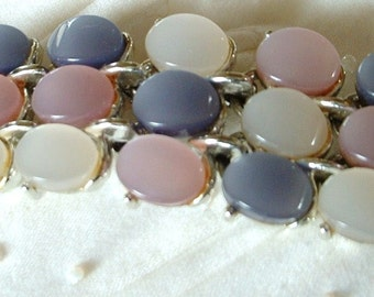 Vintage Thermoset Pastel Tri Color Pearlized Luster Lucite Cabochon Bracelet Mother of Pearl Effect Original
