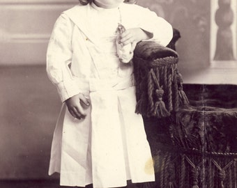 ANGELIC Faced Little Girl Holds on to PORCELAIN CAT in  Cabinet Photo Cresco Iowa Circa 1890