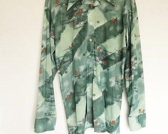 Mens Vintage Shirt with Zen Green Colors size Large