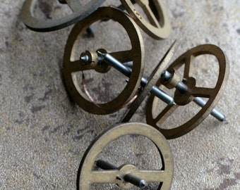 Vintage clock brass gears -- set of 6 -- D12