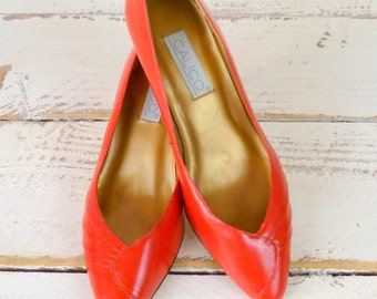 Lipstick red leather vintage heels