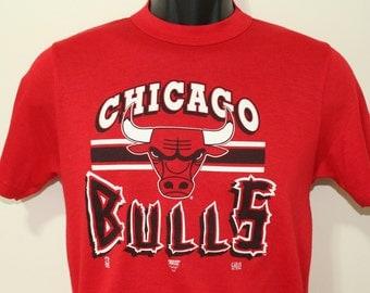 Chicago Bulls 1992 vintage red Garan t-shirt Small/Medium