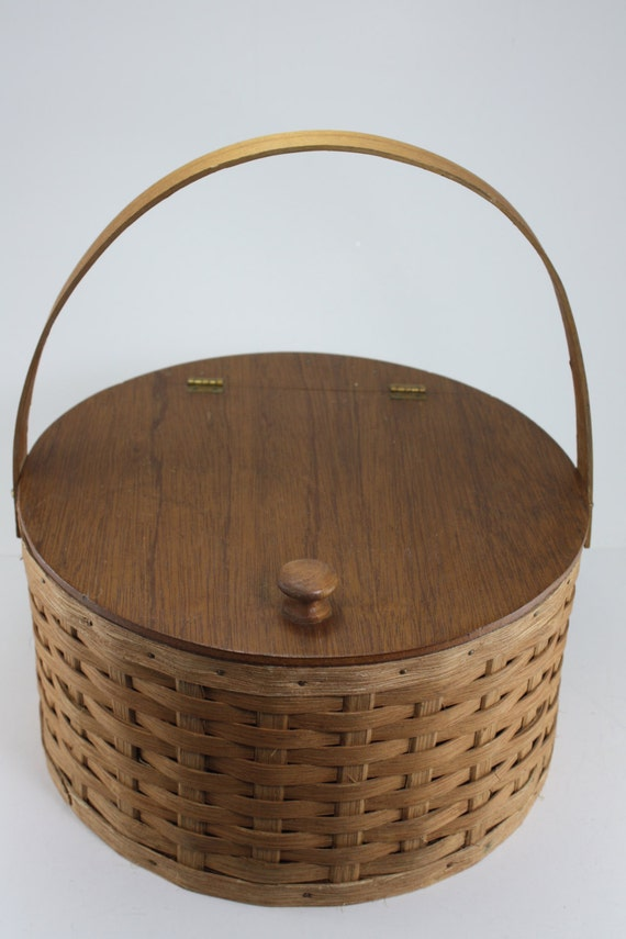 Handmade Sewing Basket : Vintage wooden woven lidded round handmade basket by