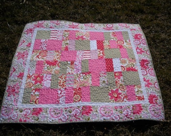 Pink and Green Quilt, Quilted Floral Throw, Quiltsy Handmade, OOAK Quilt