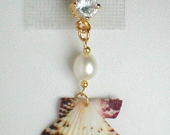 Unique Belly Ring - Seashell w/ Freshwater Pearl