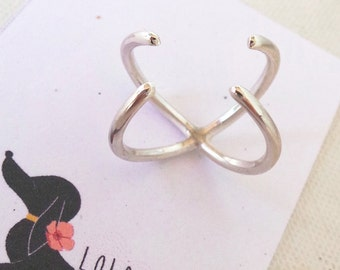 Claw Ring Cage Ring Wishbone Ring Modern Jewelry