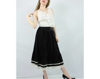 Vintage GUNNE SAX / 70's Velvet  high waisted tiered prairie skirt  XS