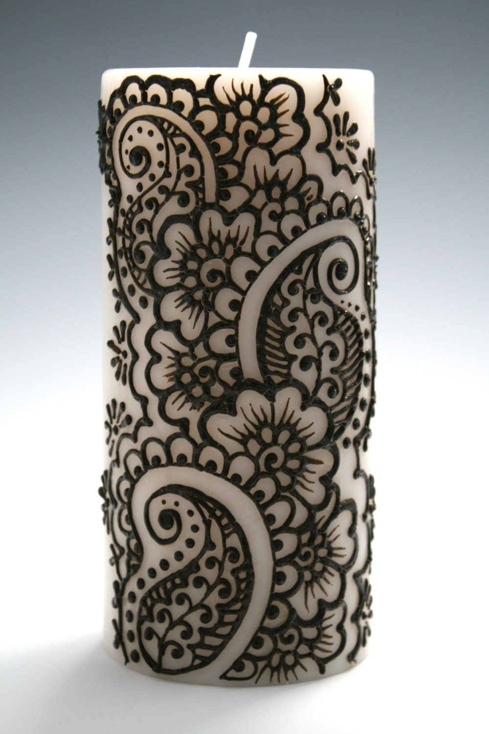 Henna Candle With Intricate Indian Style Design Paisley And