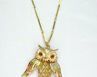 vtg 70s MOVEABLE dangling OWL PENDANT necklace hippie novelty costume jewelry