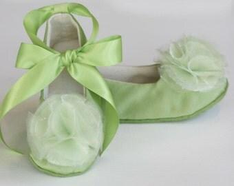 Green Toddler Shoe, Green Flower Girl Ballet Slipper, Baby Shoe, Ballet Flat, Spring Wedding Shoe, Special Occasion Shoe, Dance, Baby Souls