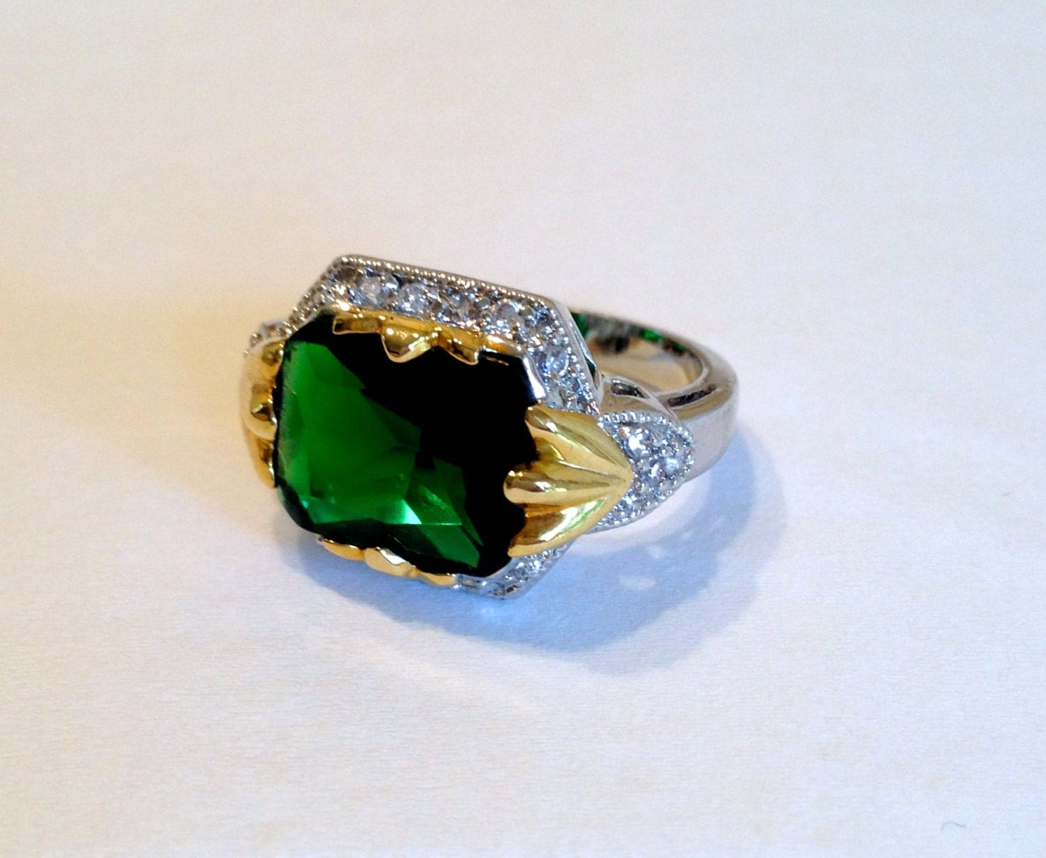 vintage two tone emerald estate jewelry ring by