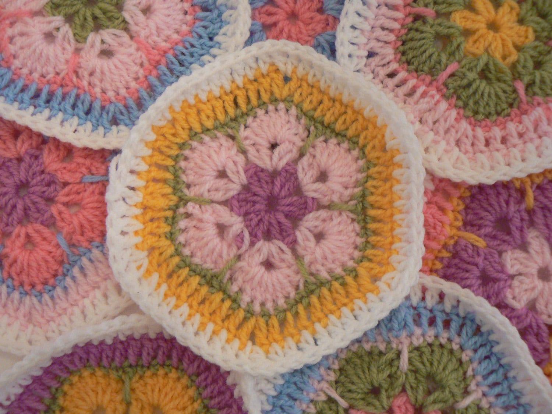 Easy African Flower Crochet Pattern : Crochet Pattern African Flower Hexagon Crochet by ...