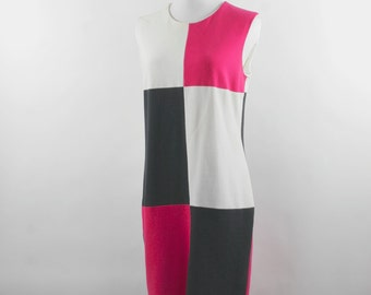 SALE Vintage Color Block Dress in Geometrical Pattern in White, Pink & Black by Dennis Goldsmith circa 1970s - Size M