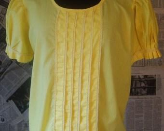 1970s Vintage Yellow Blouse // Yellow Tuxedo Blouse // Bust 38