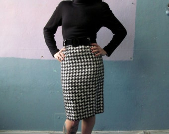 Vtg 70s Black & White Houndstooth Belted Dress