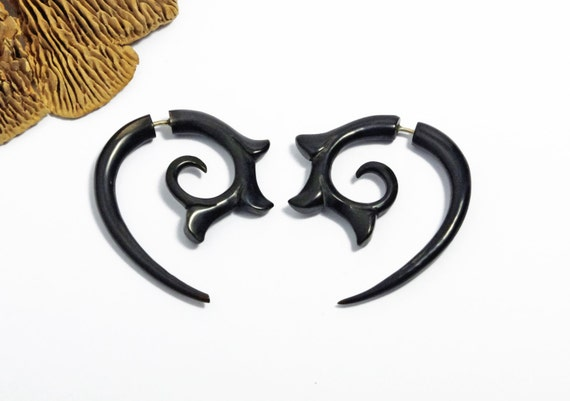 Girl with the Dragon Tattoo Fake Gauges Earrings Black Horn Spiral Organic Natural Tribal Earrings - FG055 H G1