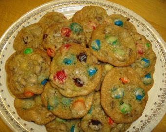 Chocolate Chip M&M Cookie Recipe - PDF file - Austin's Favorite, party, dessert, chocolate lover, holiday baking, comfort food