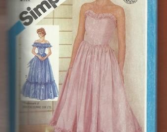 Vintage 1984 Simplicity 6386 Gunne Sax Bridesmaid Dresses Strapless Off Shoulder Ruffle Chevron Drop Waist Size 6-8 UNCUT