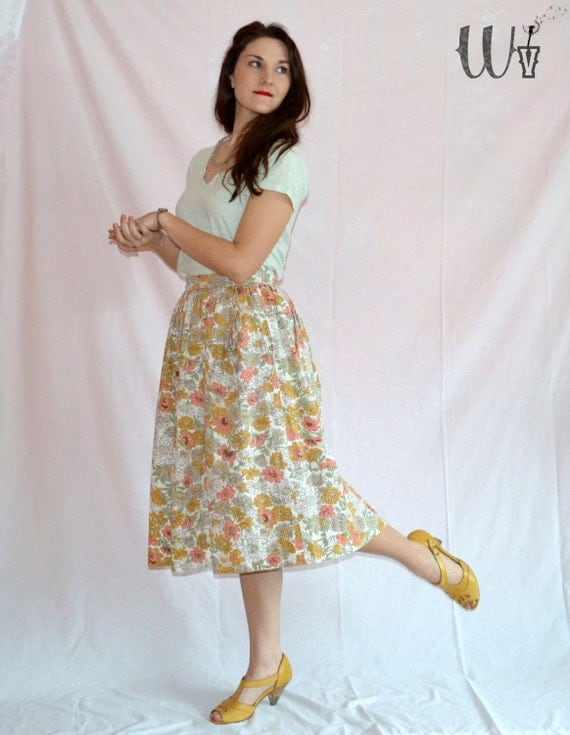 Floral 50's Circle Skirt / Peach and Yellow Vintage Cotton Skirt