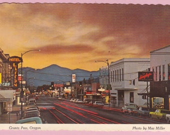 "Large ""Grants Pass, Oregon"" Topographical Postcard - 249"