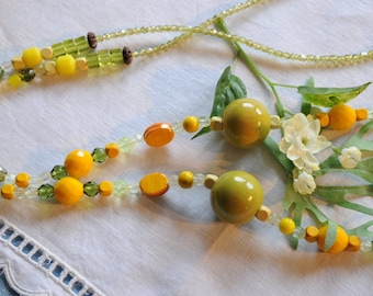 elegant and chic necklace for spring  and summer days