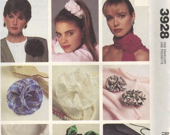 McCall's Craft Pattern Fabulous Flower How to Make Fabric Flower Accessories Hairclips Pins Scarf Uncut FF