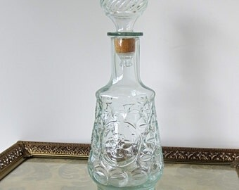 Vintage Glass Decanter with Cameo / Lady Silhouette Thumbprint Design