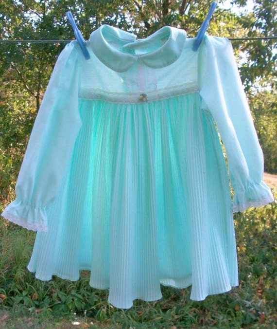 Vintage Little Girls Dress ToddleTime JCPenney size 3T Mint Green long sleeves pleated and lace