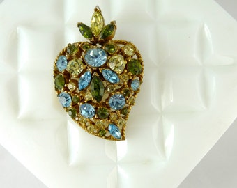 Vintage Fruit Salad Rhinestone Strawberry Brooch with Blue, Peridot colored and Emerald colored stones UC108
