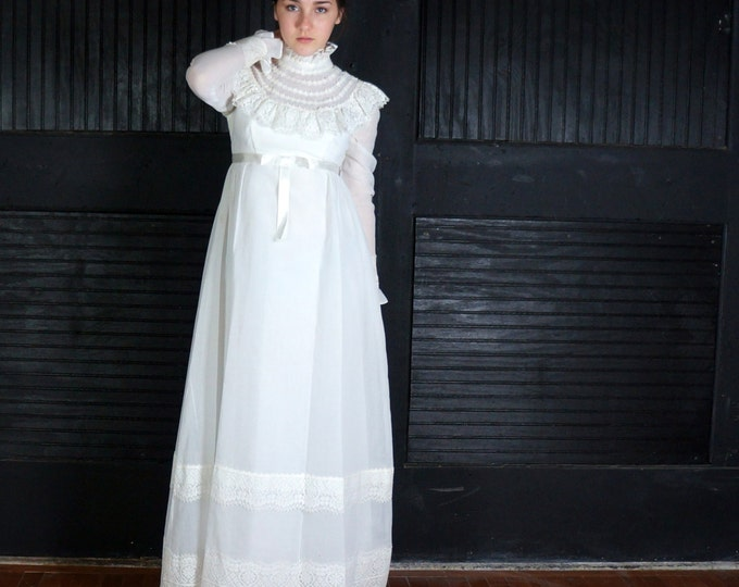 Prairie Wedding 1970s Vintage Bridal Gown SMALL White Muslin & Lace High Collar Long Sleeve Victorian Old West Bohemian Revival