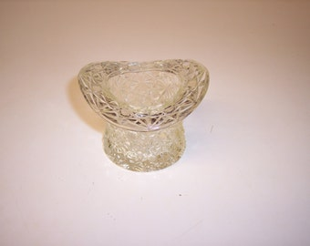 Vintage Daisy and Button clear glass top hat tooth pick holder vase