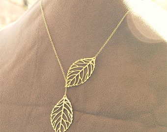 Gold Leaf Necklace - Lariat Necklace Leaves on 14k Gold Filled Chain - Modern Jewelry, Woodland, Gold Bridesmaid Jewelry