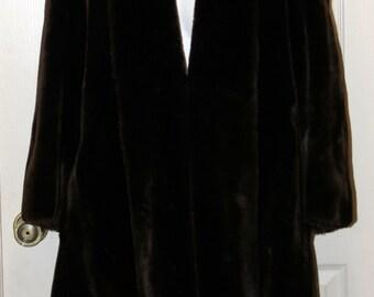 Holt Renfrew - Deep Brown Faux Fur Coat  - Tissavel Acrylic Fur - 1960s - Irving Samuel - Montreal