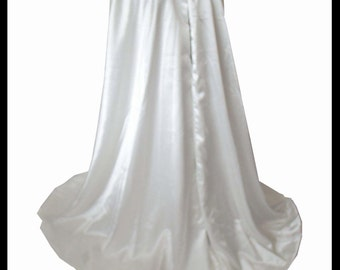 Beautiful Luxury White Countess Satin Cloak lined with Shimmer Satin. Ideal for a Wedding, Hand Fasting or Medieval Event. Brand New.