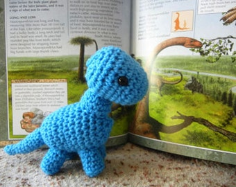FREE Crochet Pattern for Baby Brachiosaurus