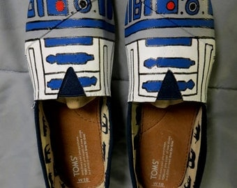 R2D2 Inspired TOMS