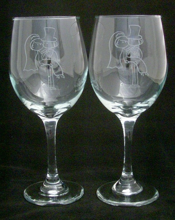 Items similar to bride groom etched wedding toasting wine for Etched glass wedding gifts
