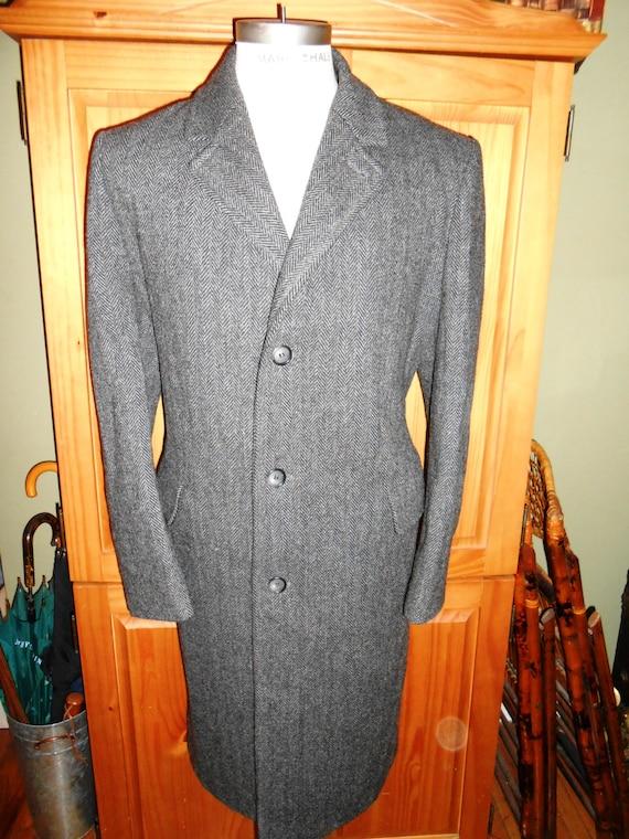 LONDON FOG vintage men's overcoat.  Grey herringbone wool.  44R. 3 button front.