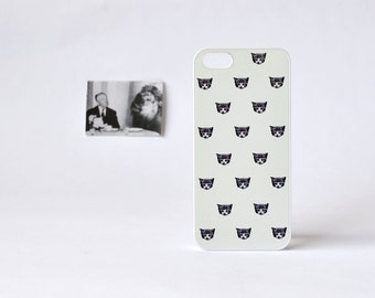 Sleepy Cat iPhone Case - Sleepy Cat iPhone 4 Case - Cat iPhone Case - Plastic iPhone 5 Case - Gifts for Cat Lovers - iPhone 4/4s case