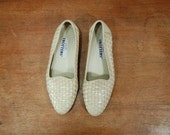 Size 7.5 // Off White Woven Leather Slip Ons // Loafers // A47