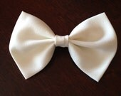 White Hair Bow Barrette, Hair Bow Clip, Bridal Hair Bow, Fabric Bow, Chiffon Bow, Women's Hair Barrette