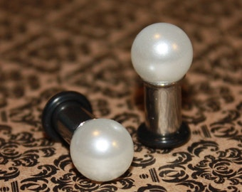 Pearl 10mm ball plugs tunnels for gauged / stretched ears: 6g (4mm),4g (5mm),2g (6mm), 0g (8mm)