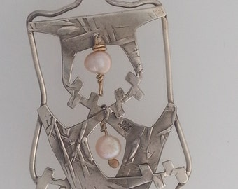 Tribal Modernist Pendant in Sterling Silver with Pink Pearls