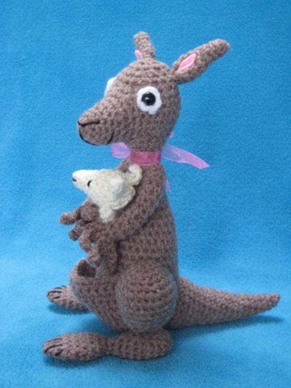 Amigurumi Baby Haakpatroon : Amigurumi haakpatroon kangoeroe met baby pdf haak door ...