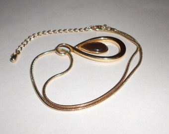 Vintage necklace and pendant teardrops and serpentine chain 1970s vintage jewelry